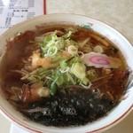 ドライブイン てしお - 料理写真:日本海ラーメン しょう油  950円