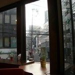 エヌプラスカフェ - 店内