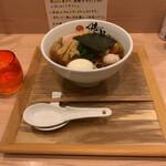 139118583 - 中華蕎麦 ¥880                       特製 ¥300