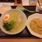 紅燈籠 - 料理写真:鶏がらスープ麺セット