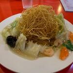 金明飯店 - 揚げソバの麺