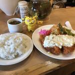 グリル ヨシダ - チキン南蛮セット 1,100円(税込)