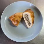 ロシア菓子 ソーンツェ - 料理写真:ピロシキミンチ&ライス@210