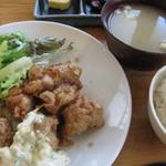 まる - チキン南蛮揚定食500円