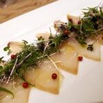 139157645 - ⚫魚介のカルパッチョ 燻製にしています