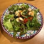 ロルノ - 魚介のサラダは前菜代わり