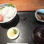 13916884 - シラス丼