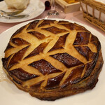 ル ビストロ - オマール海老のパイ包み。これは絶品すぎる。これで2人前。