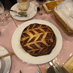 ル ビストロ - オマール海老のパイ包み焼きあがりました!