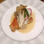 ビストロ カランコロン - 千葉県産の金目鯛のポワレ