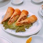 中国菜館 岡田屋 - 春巻き(260)※2本