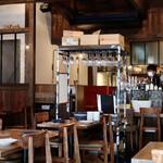 Xató burrata & steak - 古民家を改装した素敵なモダン空間