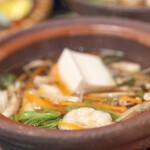 魚平 - お魚のお出汁でキノコ鍋♪