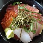 139209742 - 海鮮丼