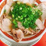 もっこす - 料理写真:中華そば(サービスタイムで税込600円!)