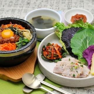 ヒカリエ直結!健康と美容を追求した韓国料理店♪