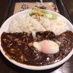サンアロハ - エッグチーズカレー大盛り 1,364円+165円(税込)