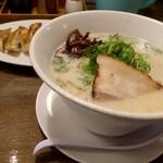 ラーメンうまいぞ武蔵 - 料理写真: