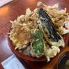 Shokudokorotsuruten - 料理写真:天ぷらがあふれる