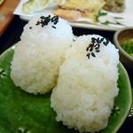 道の駅あおがき おいでな青垣 - 兵庫県青垣産米のおにぎり
