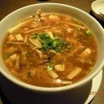 京鼎樓 - サンラータン麺