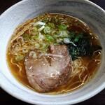 麺屋 伊吹 - 料理写真:醤油ラーメン