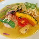 麺工房 やびな - 料理写真:鶏白湯soba 〜白トリュフオイル仕立て〜 ※限定メニュー