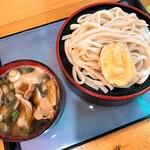 秀吉うどん - 肉汁うどん(800円)