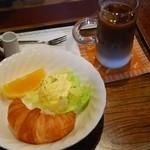 川原町屋 - 料理写真:アイスカフェオーレ