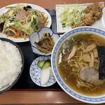 お食事処 日本亭 - まんぷく定食。ご飯大盛り