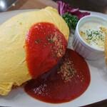 洋食キッチン ツカダ - 料理写真:トマトオムライス♪見て!このフォルム!