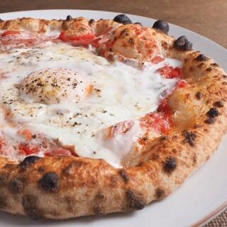 こだわり抜いたナポリピッツァをお楽しみください。