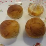 ゲミュートリッヒ - プチ黒糖、甘夏とチーズ
