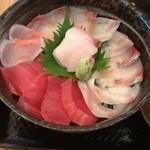 13931915 - 海鮮丼