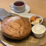 フェリーチェ - 料理写真:スフレパンケーキ ジェラート付き