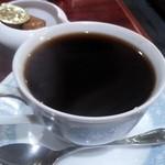 アーモンド - たっぷり ホットコーヒー