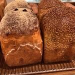 139327334 - 綺麗なパン(o^^o)