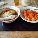 台湾料理 味味軒 - 料理写真:【2020.10.27(火)】ラーメンセット(醤油ラーメン+エビチリ飯)700円