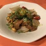 Nariya - 鶏カシューナッツ炒め(680円)