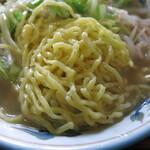 中華料理 大来軒 - タンメンの麺