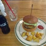 Burger Stand Tender - チーズバーガー&フレンチフライセット