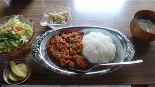 Restaurant Hinemos - チキンカレー(サラダ・スープ付):900えん