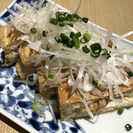 鮪のシマハラ - 栃尾揚げ納豆はさみやき