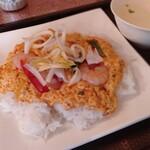 プリックタイ - 海鮮と玉子の炒め