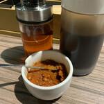 天手古舞 - 酢醤油、ラー油、柚子胡椒(赤)