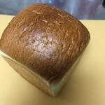 コウブツ - カルピス食パン