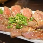 美琉太陽 - ・宮古牛のタタキ 1,500円