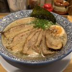 ラーメン ASAHI - 料理写真:しおチャーシューメン