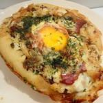 パン家のどん助 - 料理写真:広島風お好み焼きパン