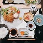 割烹 おみたま - かきフライ定食 1800円